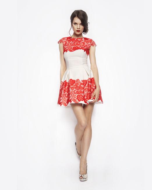 Dresses4 (Demo)